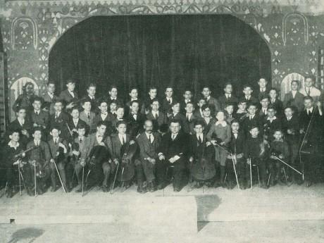 isktort-ifjusagi-zenekar